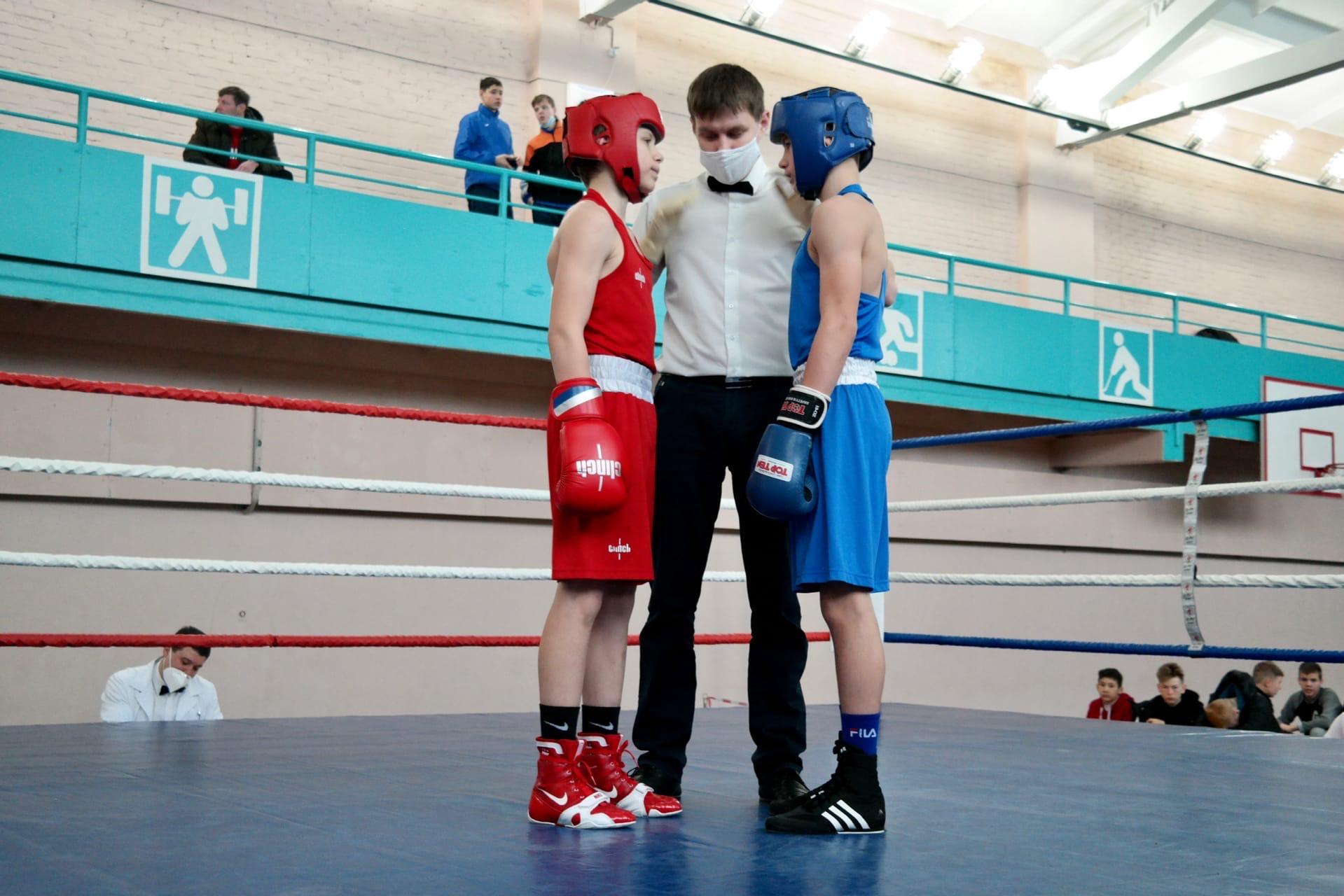 Результаты Первенства Свердловской области по боксу среди юношей 15-16 лет