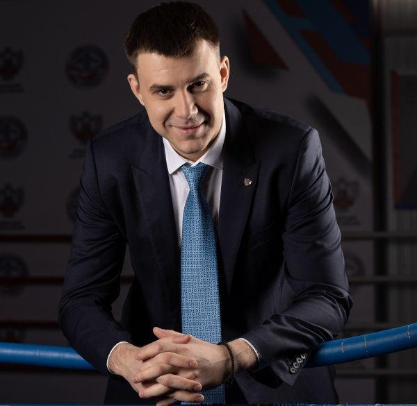 Кирилл Щекутьев: На Олимпиаде боксёры показывают хороший результат - уже минимум шесть медалей